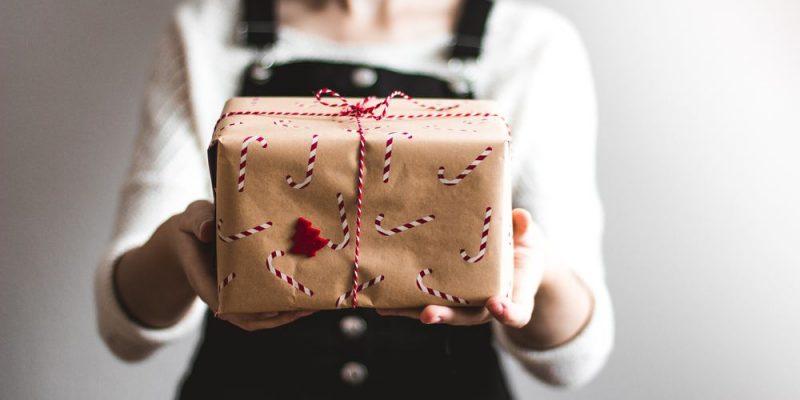 Skicka paket över hela världen